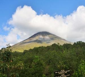Arenal - volcano danger zone