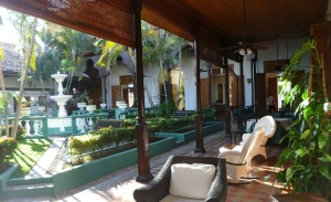 Granada - hotel courtyard